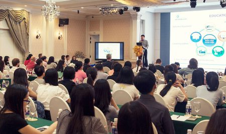 """Hội thảo """"Creating a Positive Learning Environment for Young Learners"""" – Những phương pháp giảng dạy mới"""